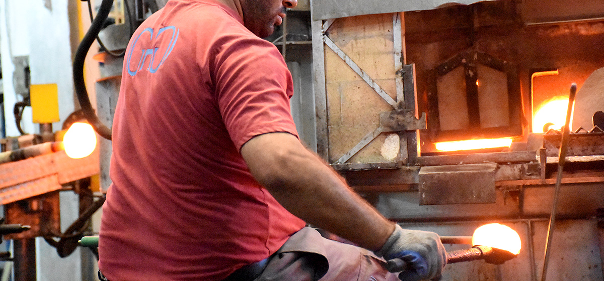 ana-hon-report-glass-industry