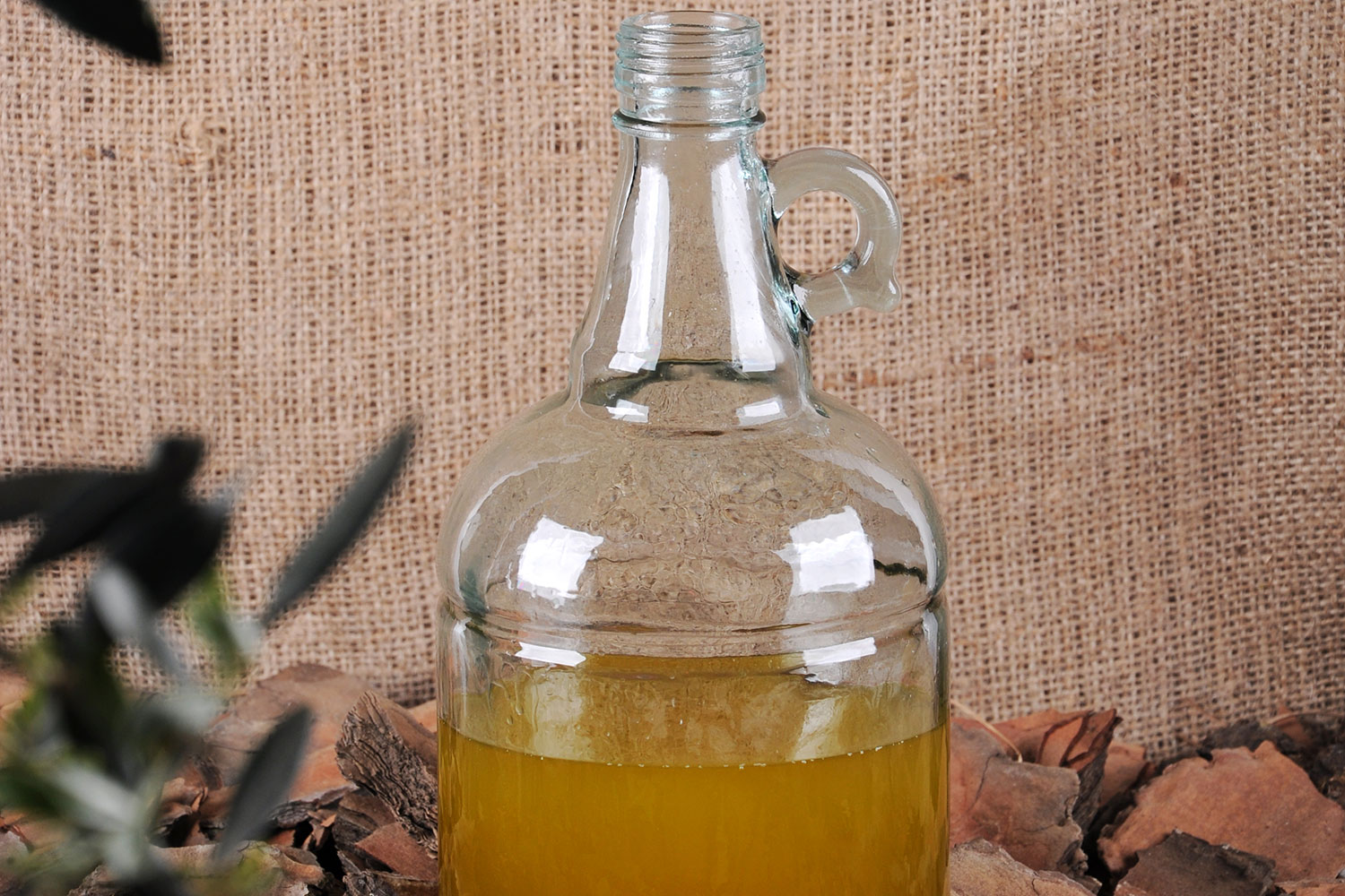 gallons-glass-olive-oil-organic-food-container-flint-green-production